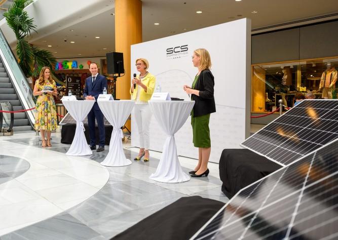 Größte Photovoltaikanlage Europas auf Dach des Einkaufszentrums SCS eröffnet